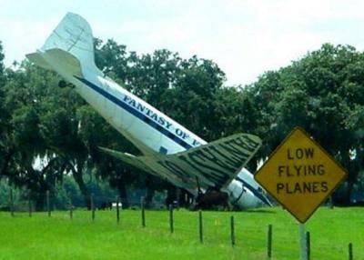 http://www.pilotfriend.com/humour/jokes/splashpic2.jpg